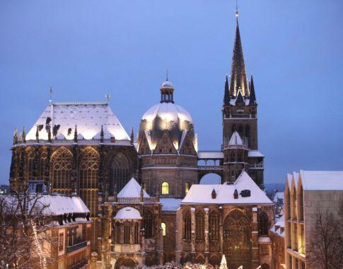 Aachen_Dom Abend ©A. Steindl- ats