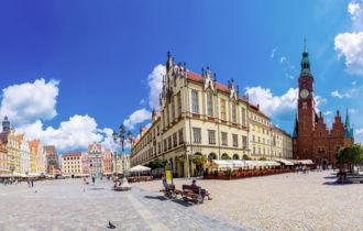 Breslau Altstadt Panorama (c) © Fotolia/Sergii Figurnyi