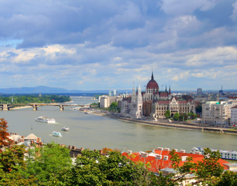 Budapest (c) Canoneer-Fotolia
