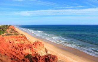 Praia da Falésia, Portugal (c) fotolia