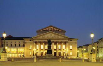 Muenchen Nationaltheater (c) FVAmuc Ulrike Romeis