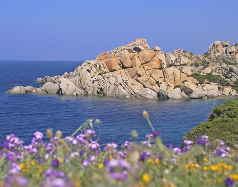 Die herrliche Küste Sardiniens (c)Globalis