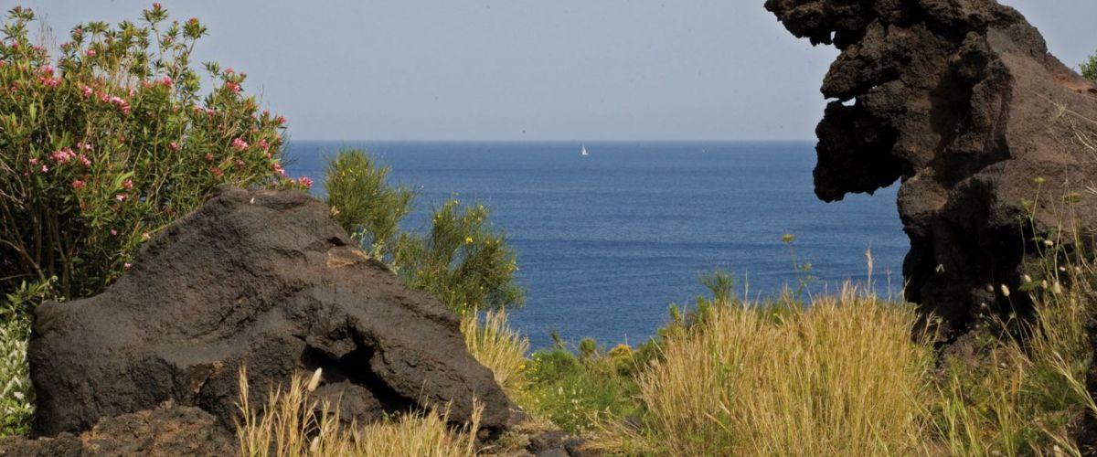 Liparische-Inseln Landschaft Meer: © Fototeca ENIT Sandro Bedessi
