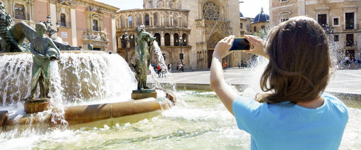 Valencia Brunnen © Fotolia Romaria len