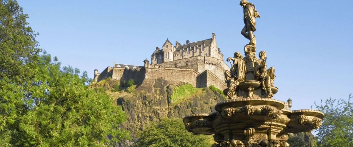 Edinburgh Castle (c) Visitscotland