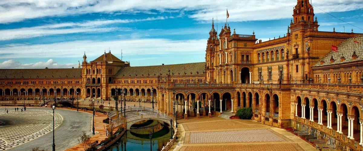 Sevilla plaza-espana-1751442 (c) Oasis Travel