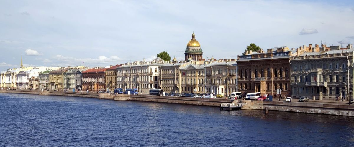 St. Petersburg © FotoliaJackF