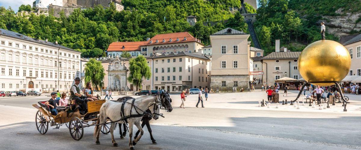 Kapitelplatz mit Festungsblick (c) Tourismus Salzburg