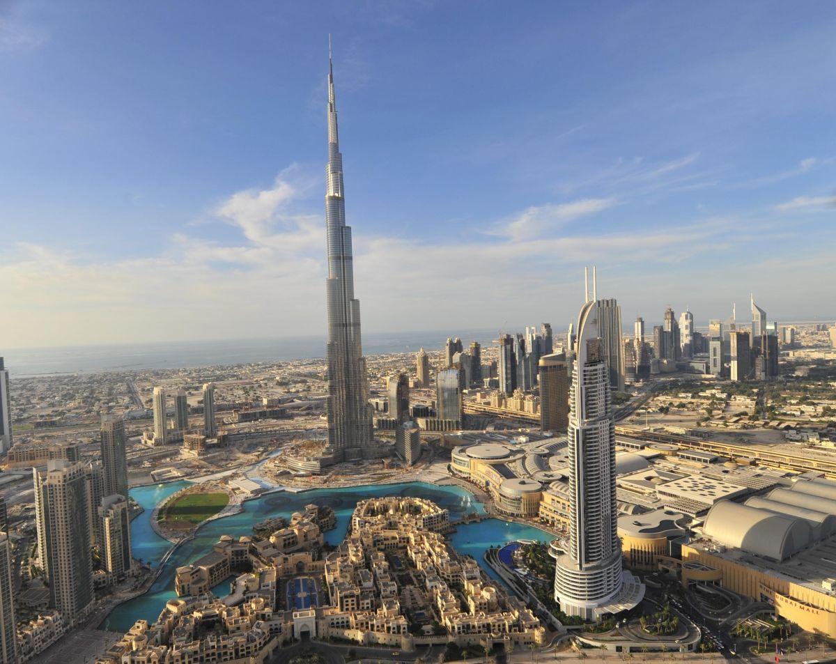 Burj Khalifa 300dpi und Downtown Dubai dtcm