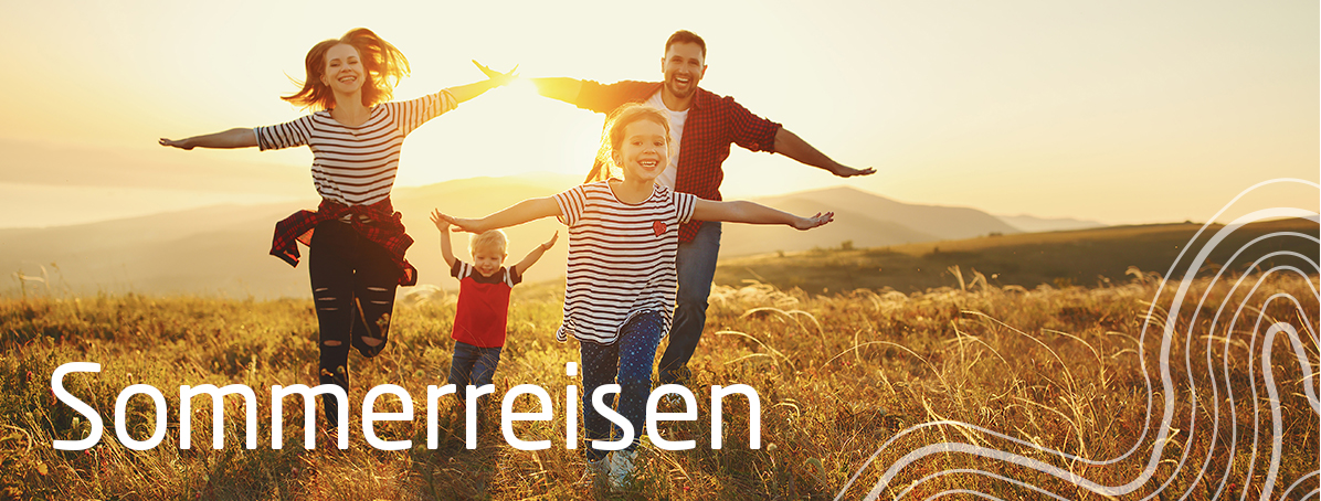 (c) Sommerreisen_Glückliche_Familie_212673990_Evgeny Atamanenko