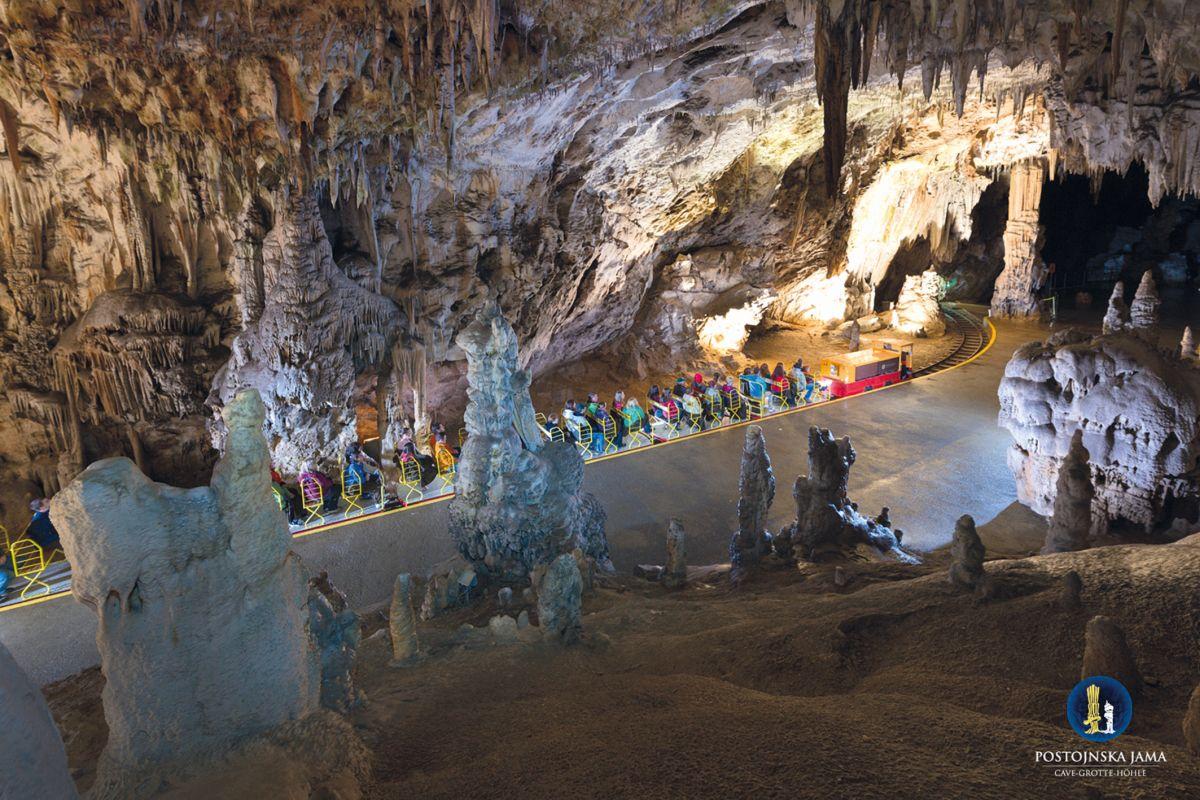 Postojna Cave Train 1_I_M_018 Iztok Medja for Postojnska jama