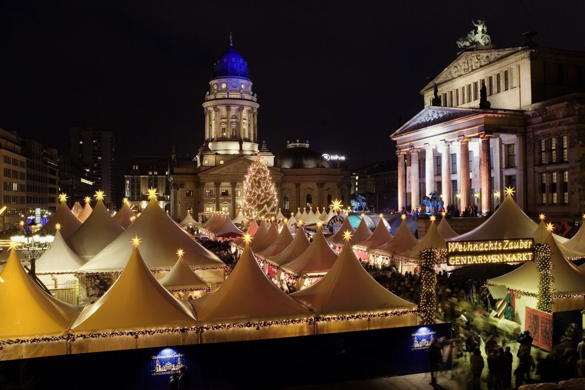 Berlin Weihnachtsmarkt (c) visitBerlin _Wolfgang Scholvien