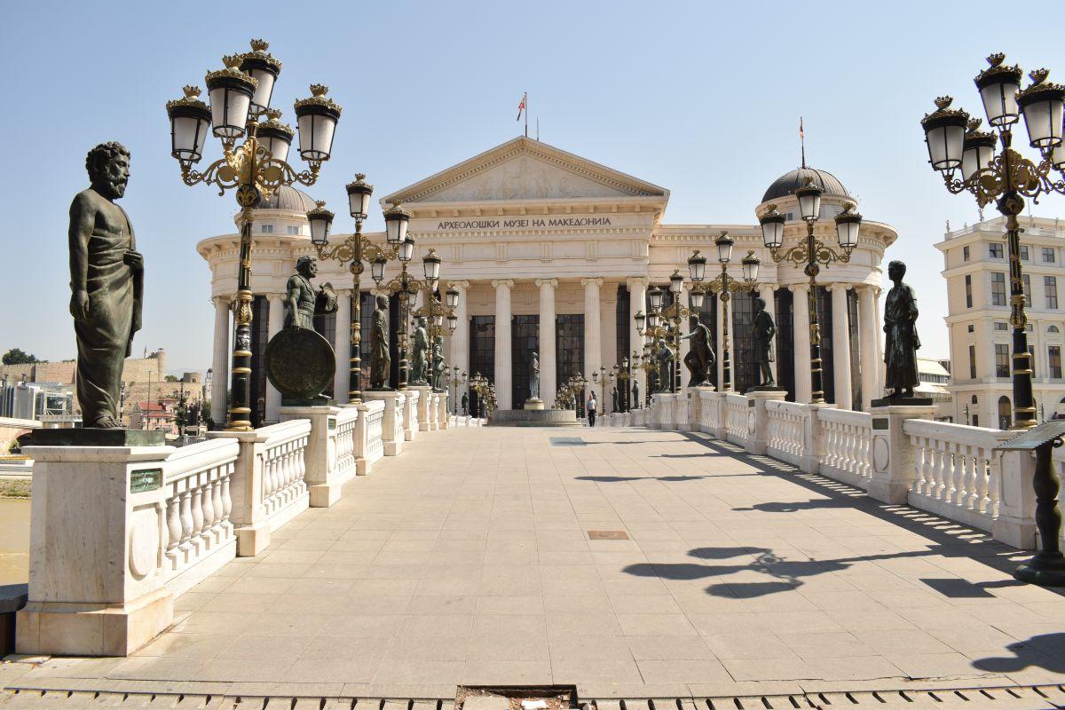 Balkan Skopje Hauptplatz (c) Pixabay