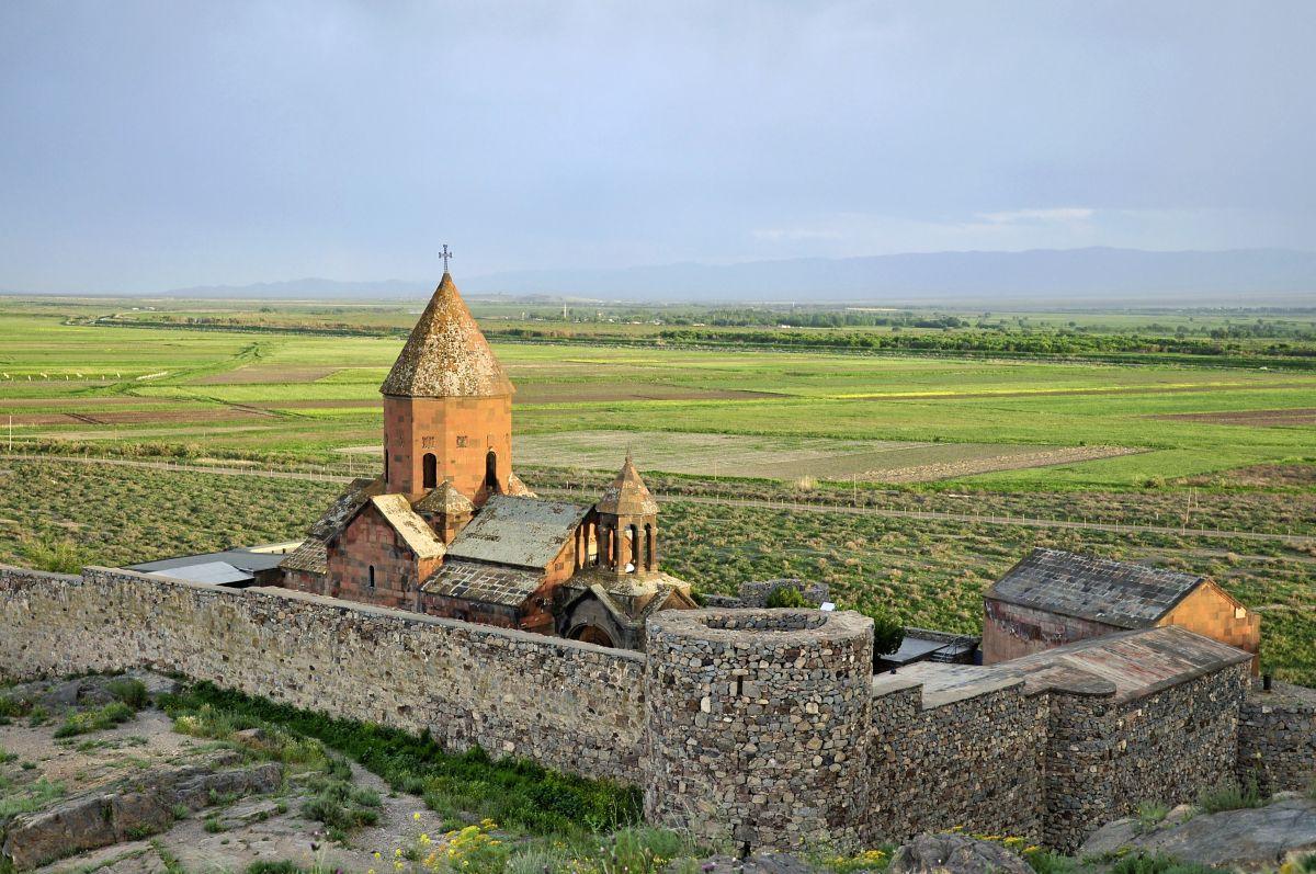 Kloster Chor Wirab © Marco Polo Reisen_Fotolia_Evgeny Govorov