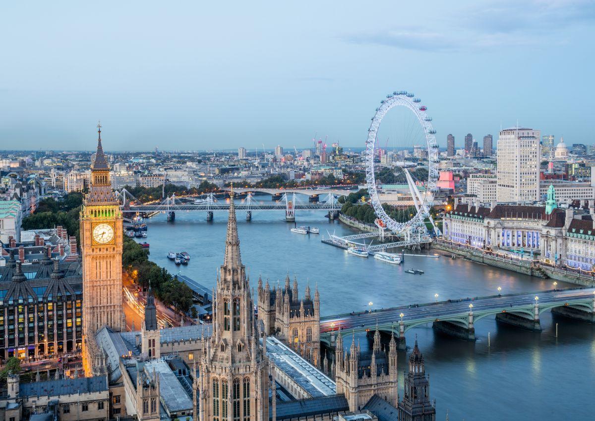 London-Eye-Westminster-c-Julian-Love_London-and-Partners