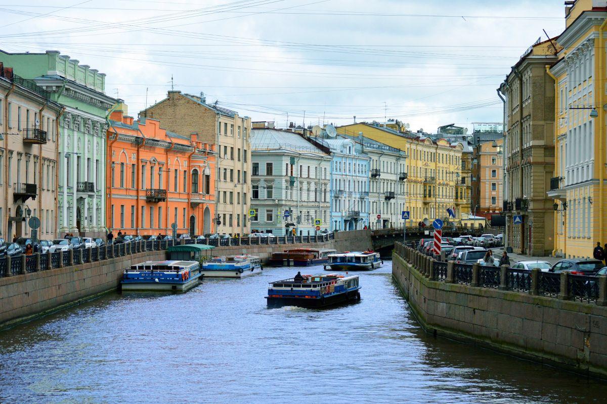 Moskau und St. Petersburg_St. Petersburg_Kanal (c) Pixabay