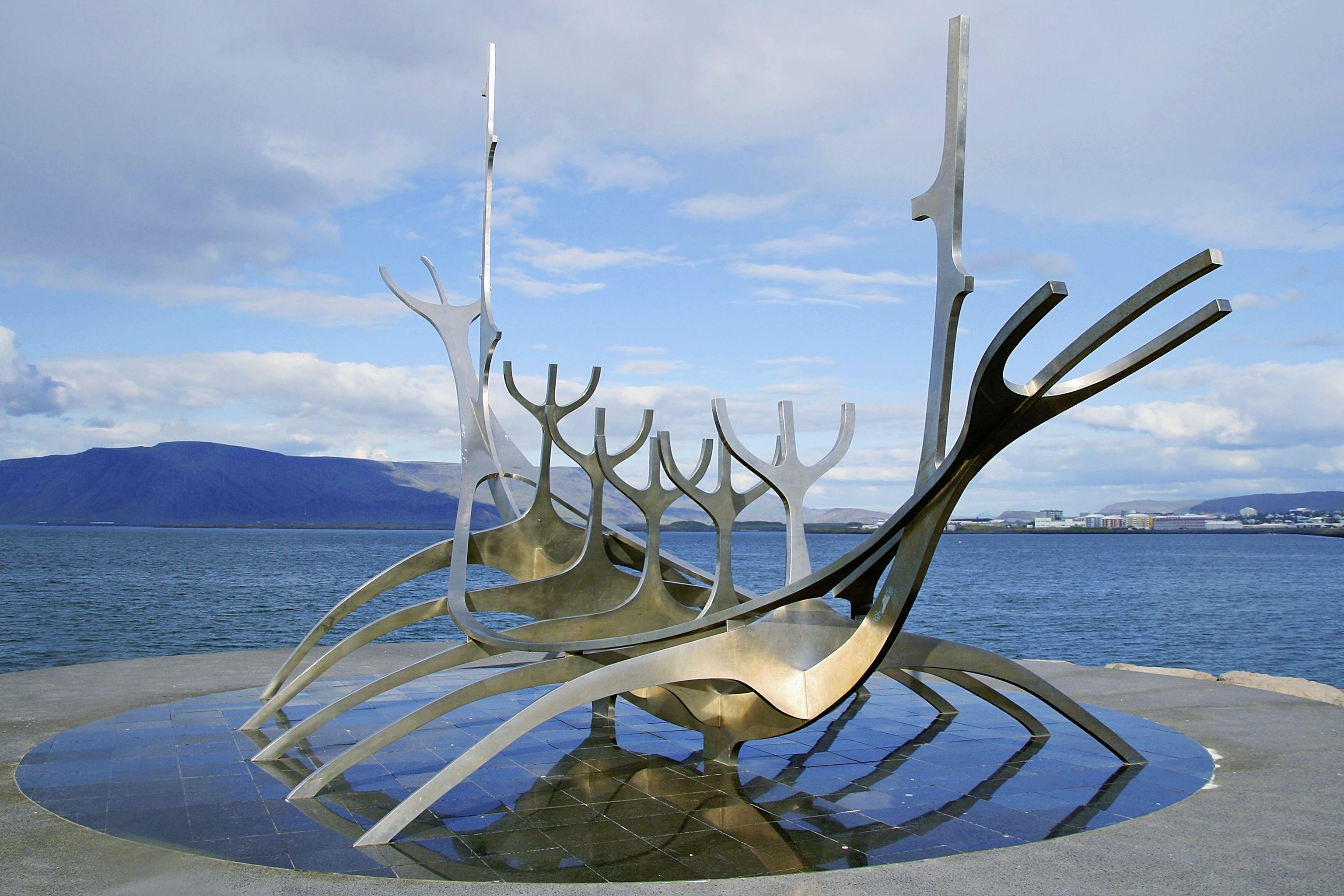 Reykjavik© Marco Polo Reisen_FotoliaSanti Rodriguez