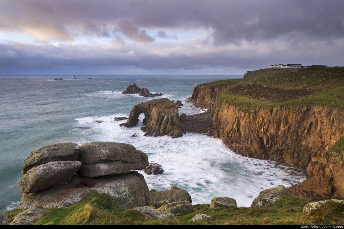 Südengland-Cornwall-Lands-End-(c)-VisitBritain-Adam-Burton