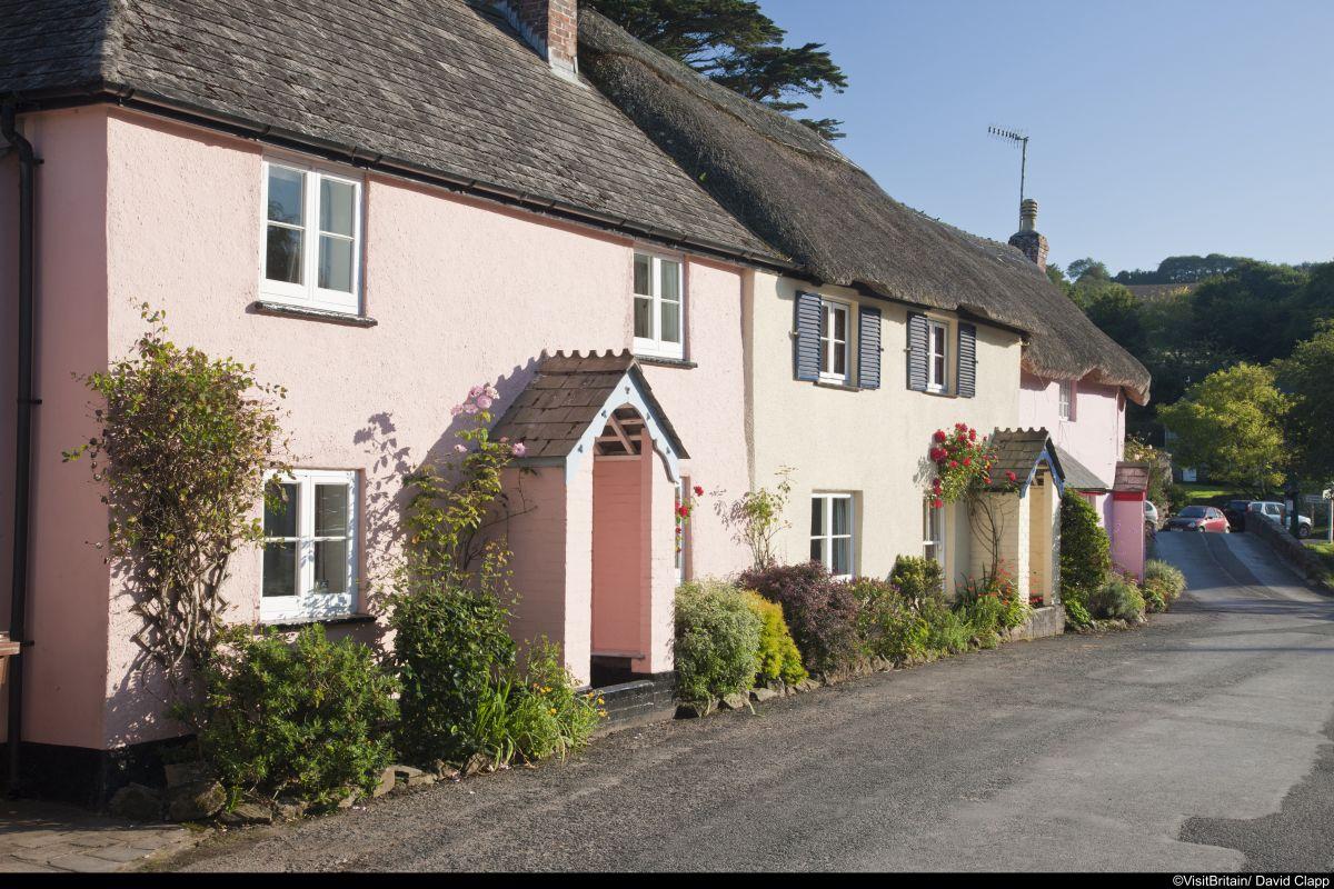 Südengland-Devon-Cottage-2-(c)-VisitBritain-David-Clapp