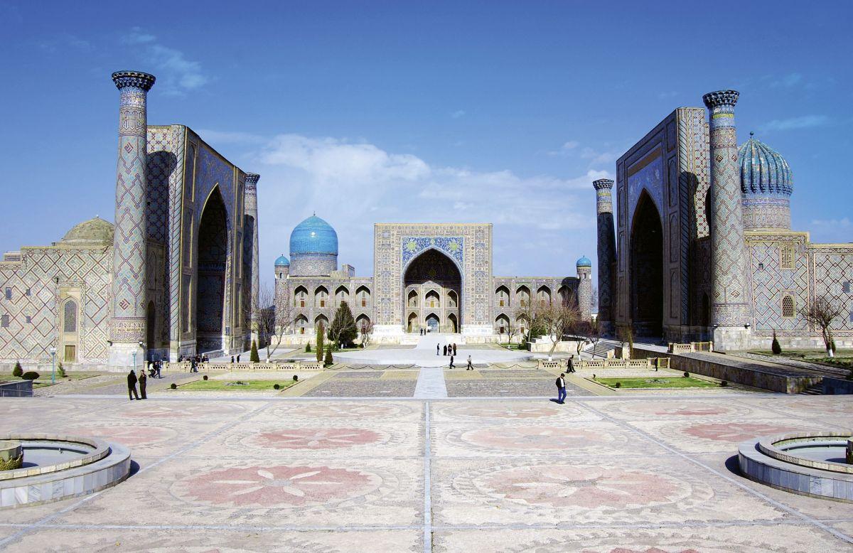 Usbekistan_Samarkand Registan (c) Fotolia_berimitsu