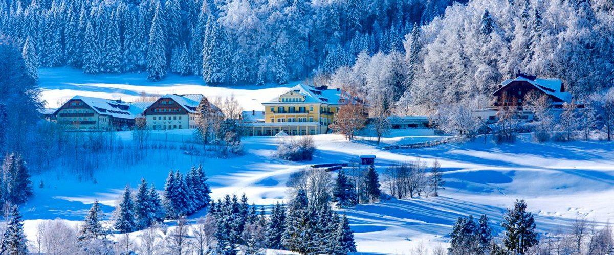 Aussenansicht Winter weit Sheraton Fuschlsee ©AKE-Archiv