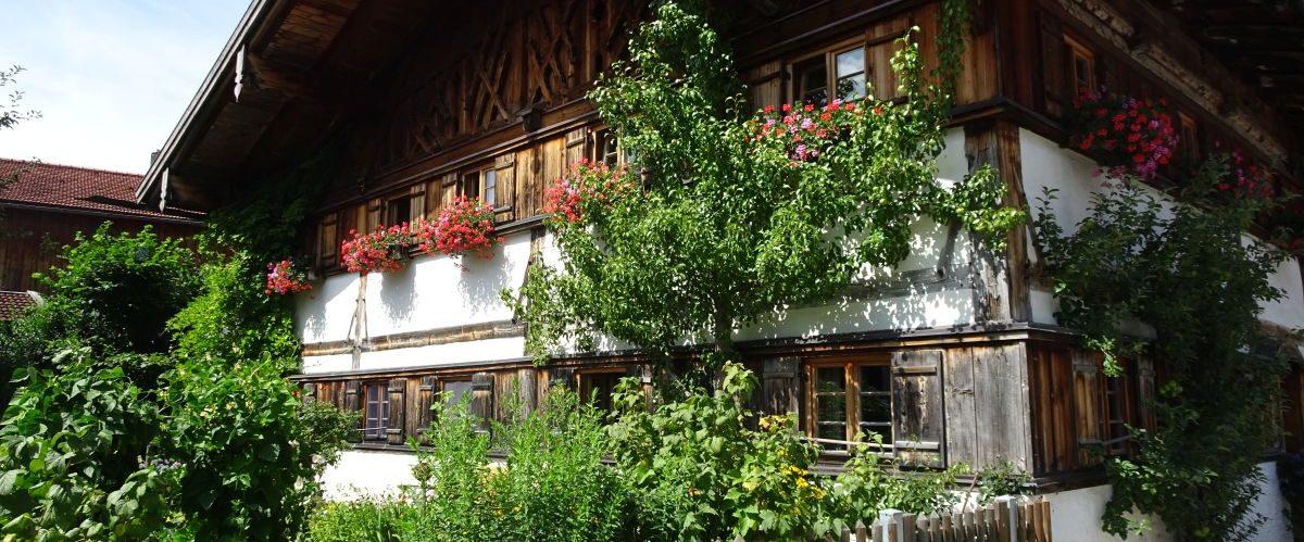 Koenig-Ludwig-Weg-Bauernhaus © eurohike
