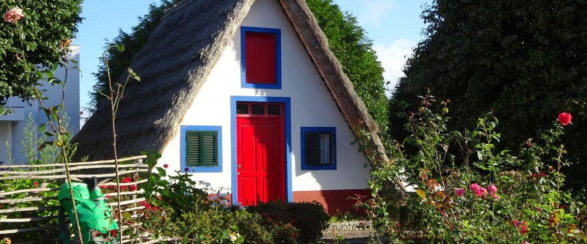 Madeira-Santana-Traditionshaeuser-2(c)eurohike