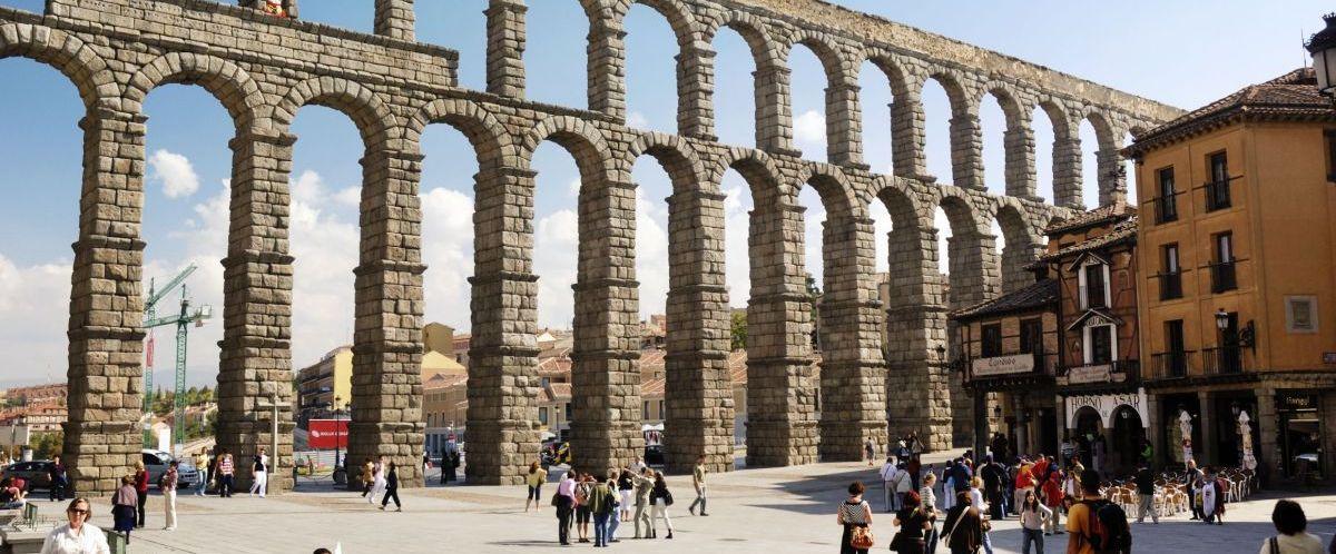 Segovia, Aquädukt © Panthermedia_philipus_Studiosus Reisen