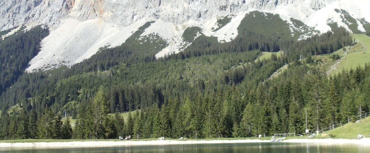 Zugspitze_Panorama_See (c) eurohike