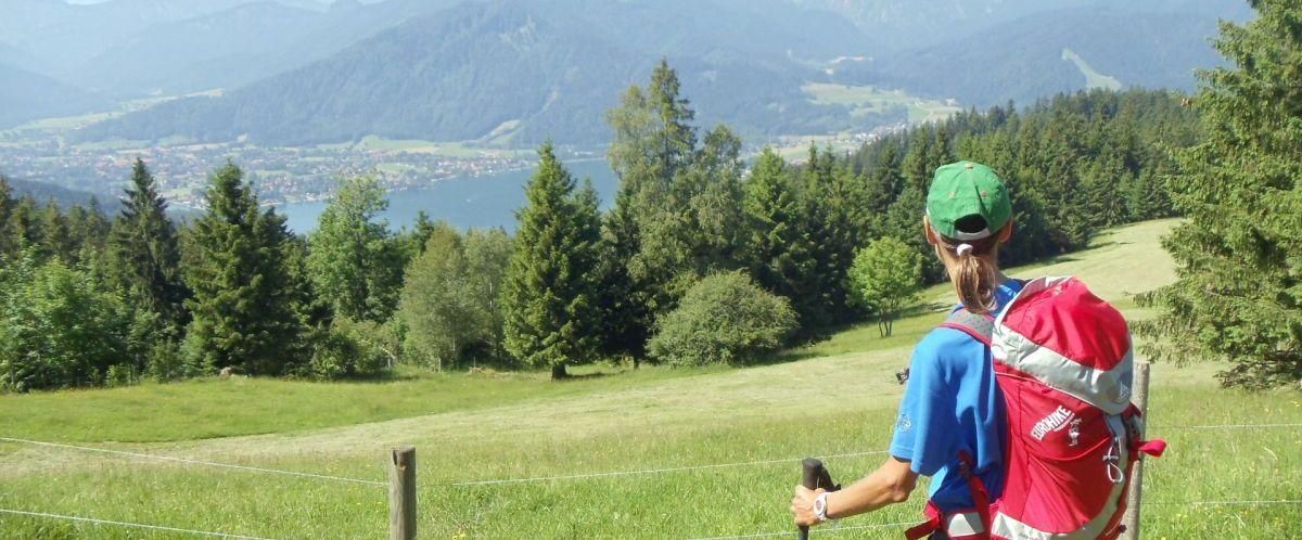 eurohike-wandern-bayern-mit-kindern-ausblick-see-alpen-15(c)eurohike