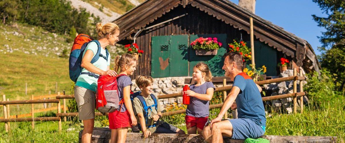 eurohike-wanderreise-salzkammergut-genneralm-familie2 (c) eurohike