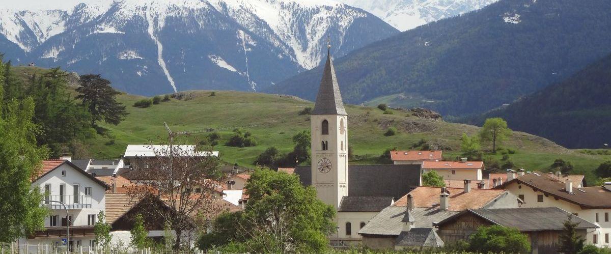 eurohike-wanderreisen-suedtirol-via-claudia-kirchturm(c)eurohike