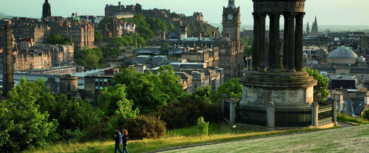 Edinburgh Skyline (c) VisitScotland ScottishViewpoint