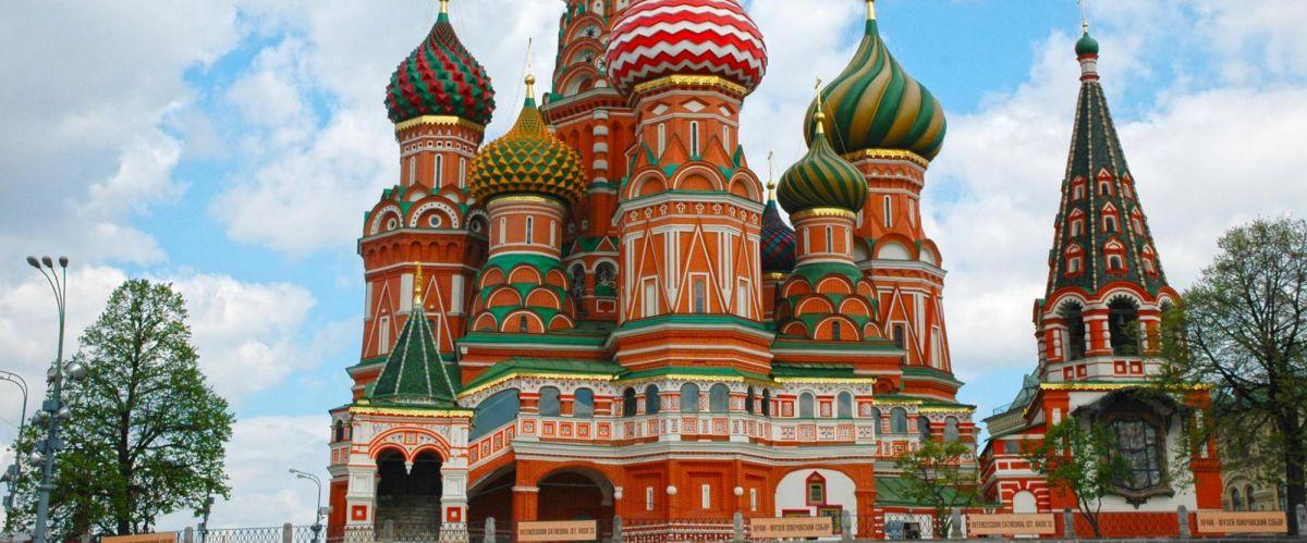 Wolga_Moskau---Basilius-Kathedrale-03(c)poppe-reisen