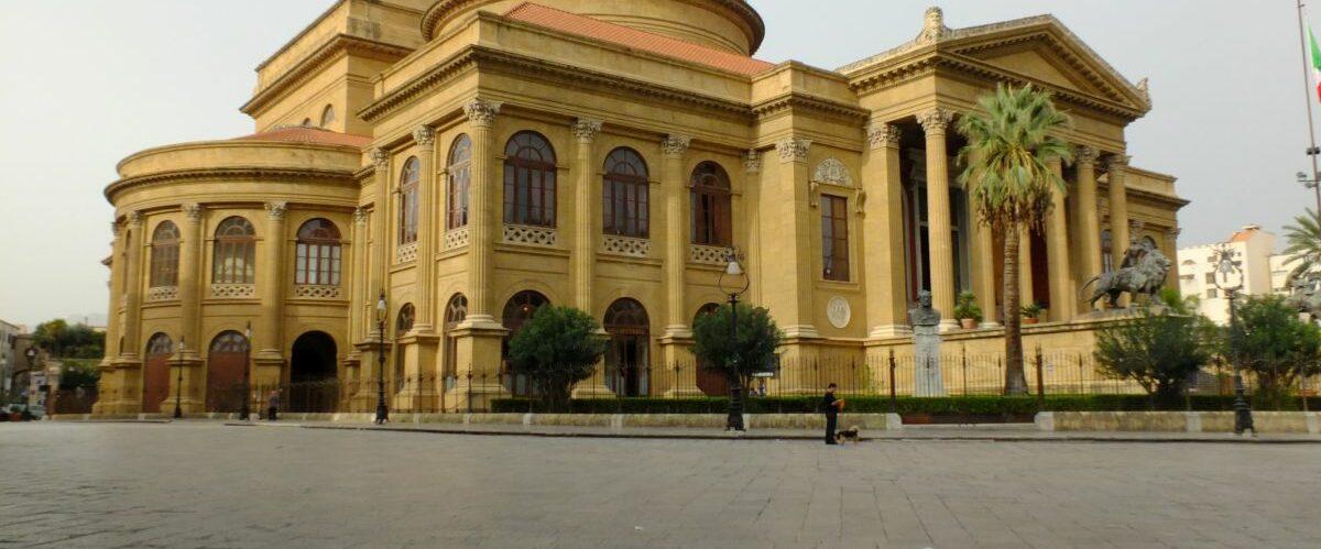Sizilien_Palermo, Teatro Massimo (1) (c) Dr. Susanne Grötz