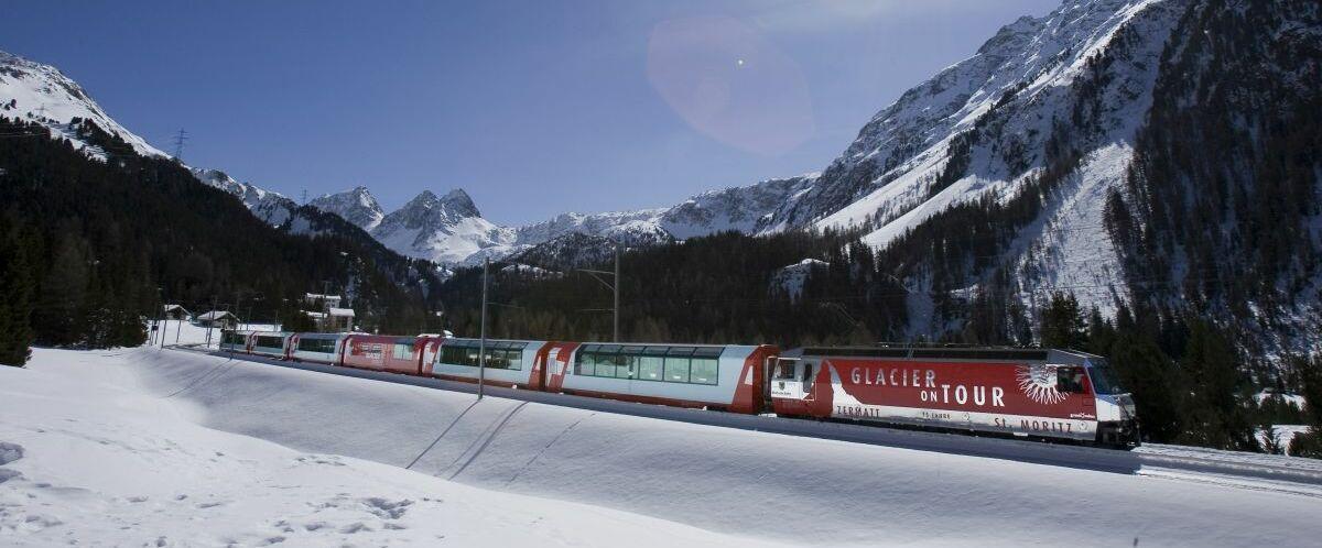 Glacier Express (c) Rhaetische Bahn By-line: swiss-image.ch- Albulalinie
