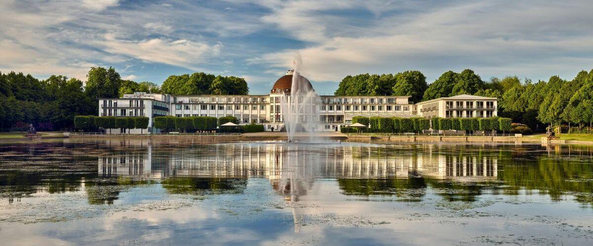 PHB-Aussenansicht-Parkhotel-Bremen-ein-Mitglied-der-Hommage-Luxury-Hotels-Collection