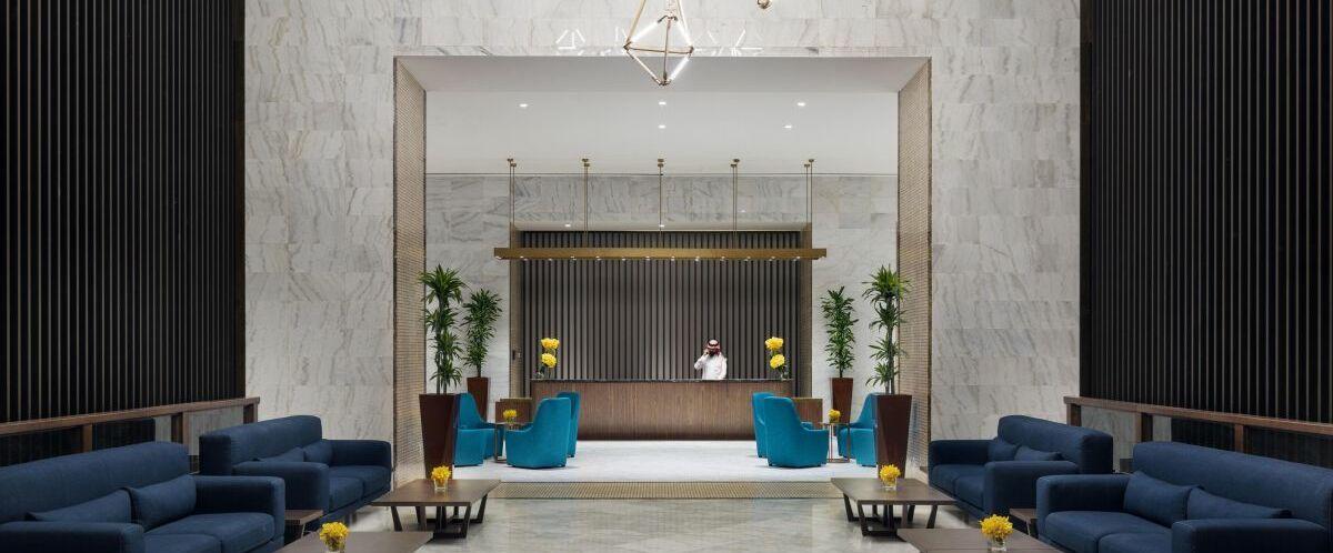 Hotel-Lobby-©-reisewelte-Teiser-und-Hueter