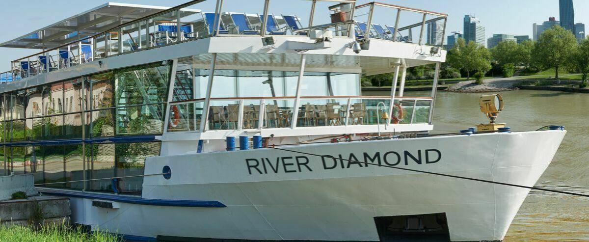 Cruise Commerce BV, Arnheim, NL