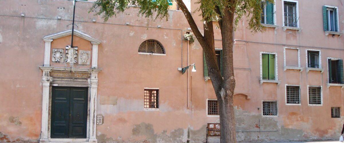 Venedig_Campo-de-la-chiesa-Questura-Brunetti_-claudia-anderl-