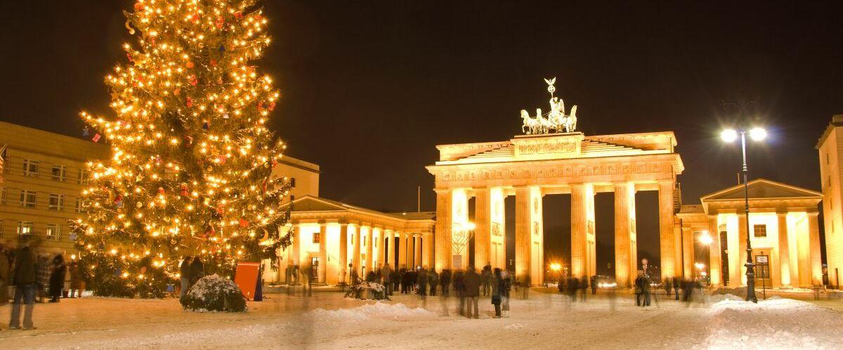Christmas_Market_BranTor-(c)-visitBerlin_Original_Berlin_Walks